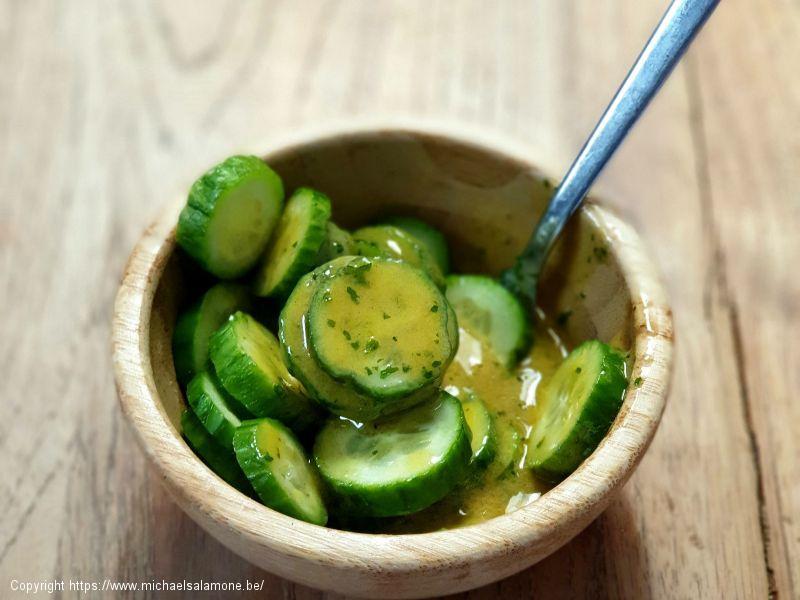 Salade 3 : concombre, vinaigrette miel-moutarde