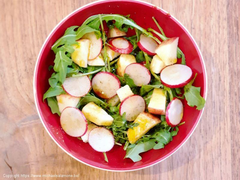 Salade 4 : roquette, pomme, radis
